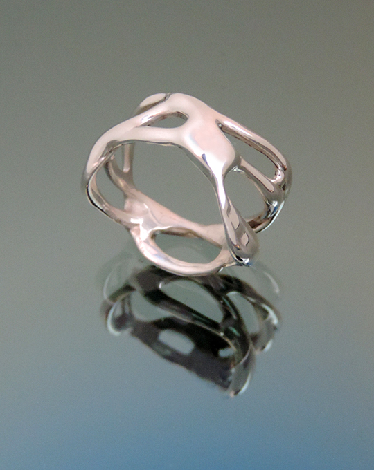 Elf Tea Argentium Silver Cocktail Ring. Size 5