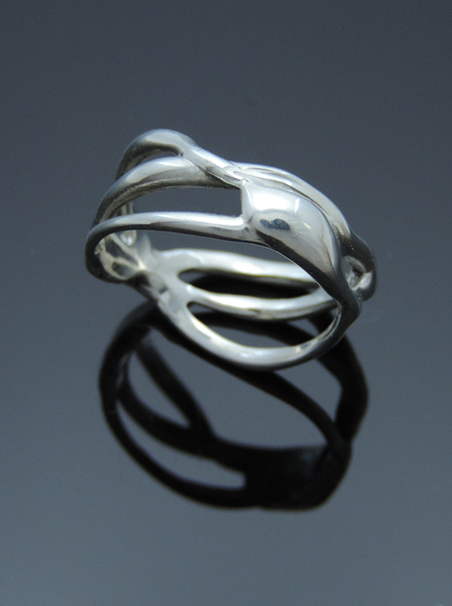 Italian Delight Sterling Silver Cocktail Ring. Size 9